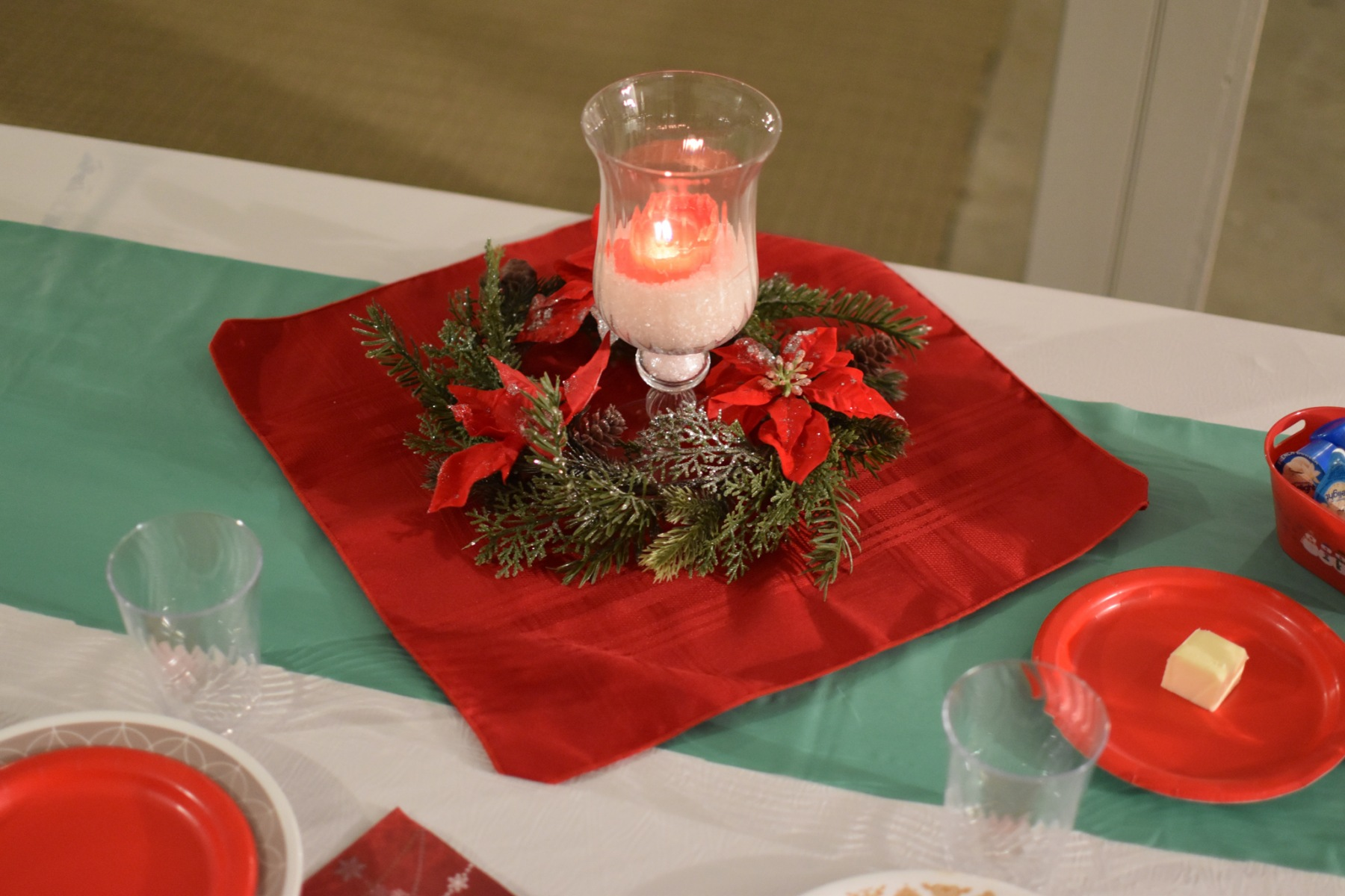 Dinner-Table-Center-Piece