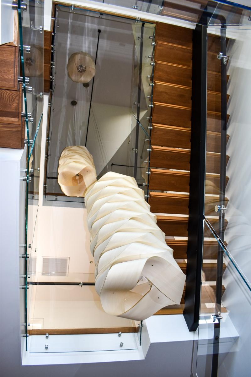Modern-Mono-Stringer-Steel-Staircase-2
