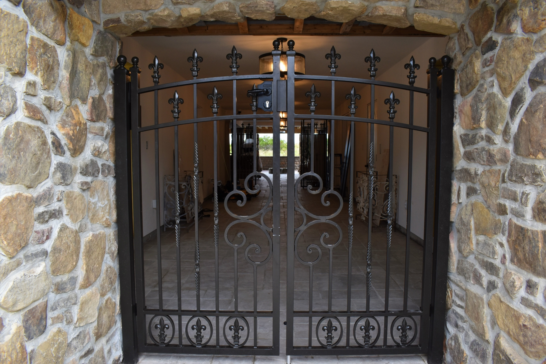 Tuscan-Ornamental-Gate-2