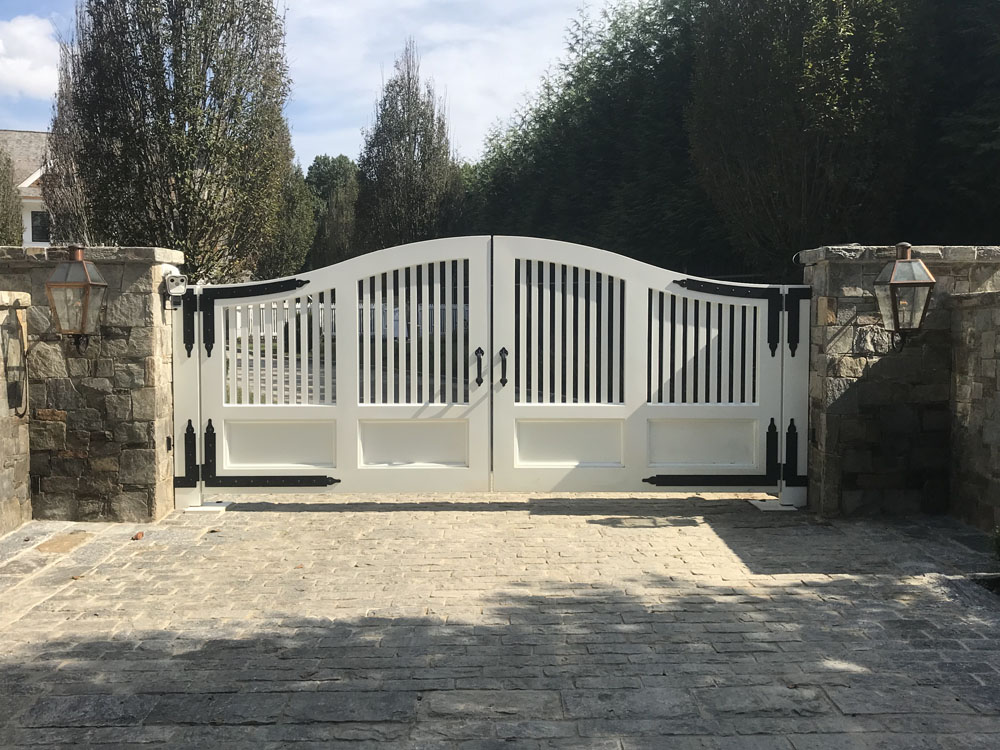 Beautiful Gate with Hidden Automation
