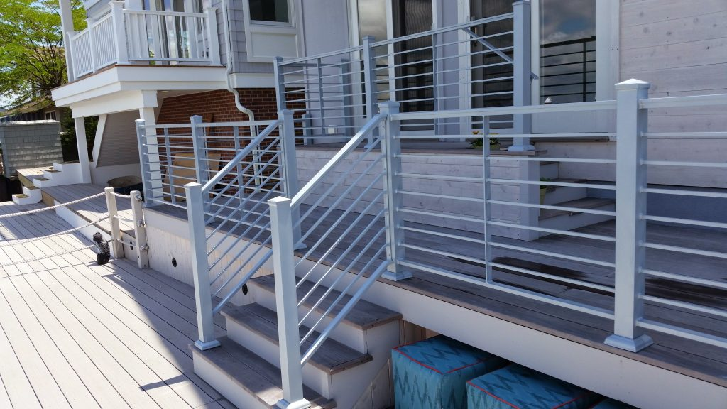 Buck terrace railing modern design for a water front home