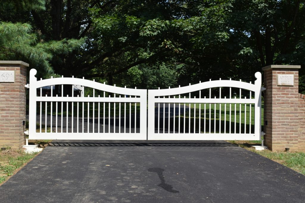 Custom White Gate