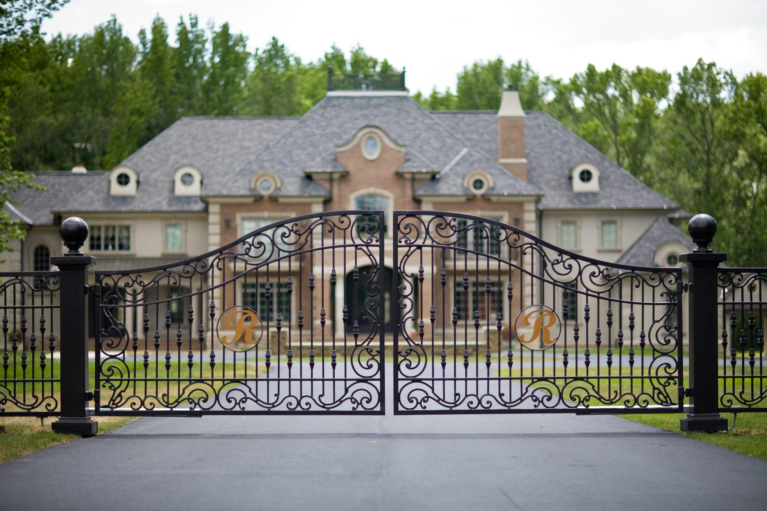 Grand Estate Gate