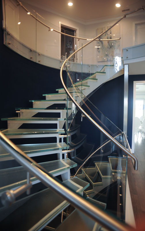 Stainless Handrail on Glass Railing