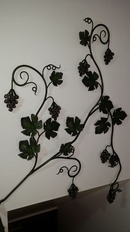 Custom Grape Vine