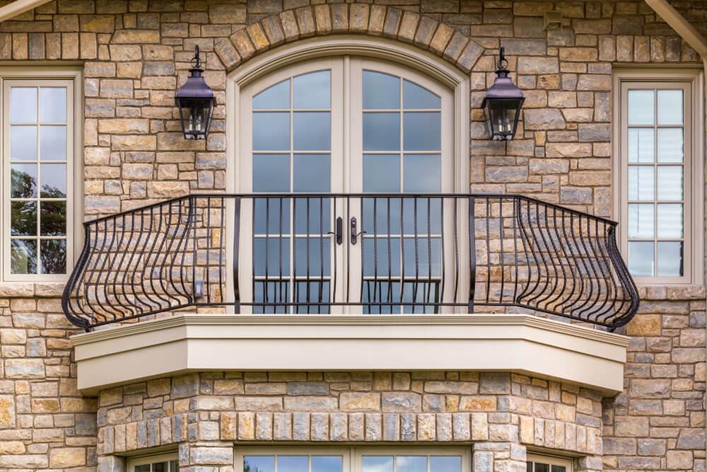 Solid Aluminum Balcony Railing