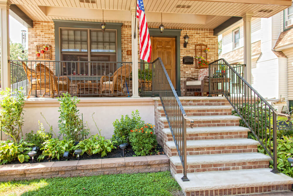 Roanoak Design Stair and Porch Railing
