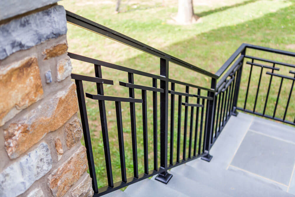 Custom Modern Railing Design