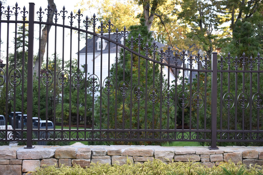 Custom Fence Swoop to Meet Gate Height