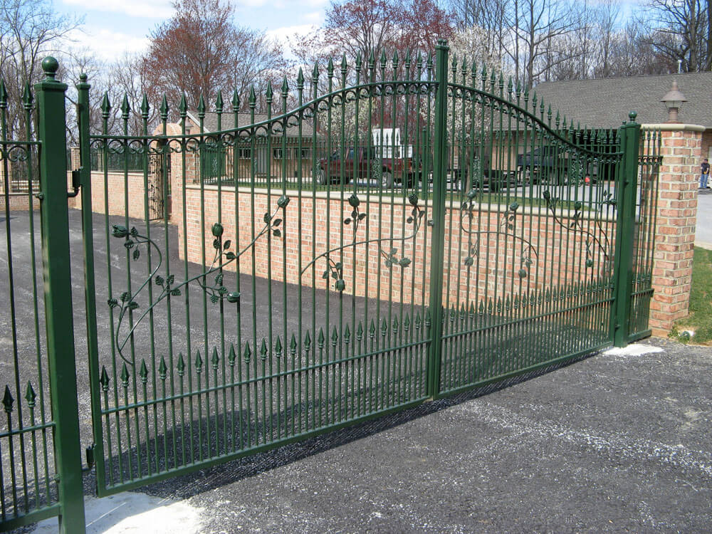 gates-3
