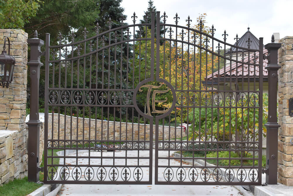 Custom Driveway Gate with Impeccable Details