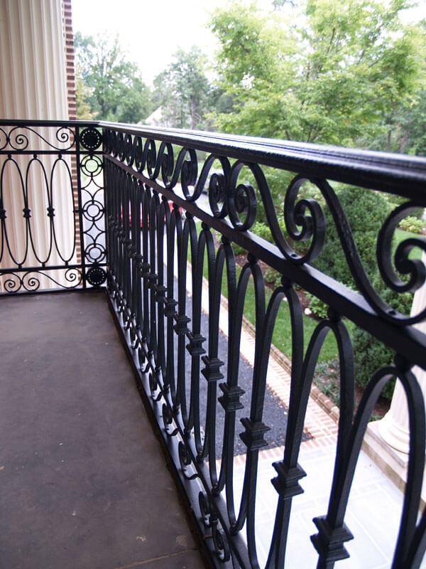 Restoration Iron Railing on Balcony