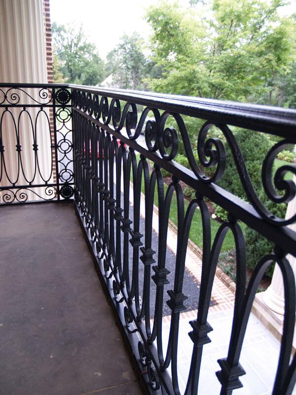 Restoration Iron Railing on Balcony