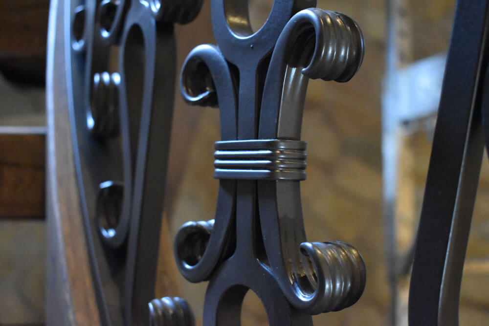 Custom Scored Iron Banding Collar