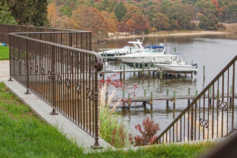 Water Front Aluminum Railing with Volute Ending